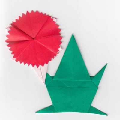 カーネーションの折り紙