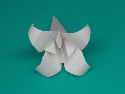 ゆりの折り紙の折り方