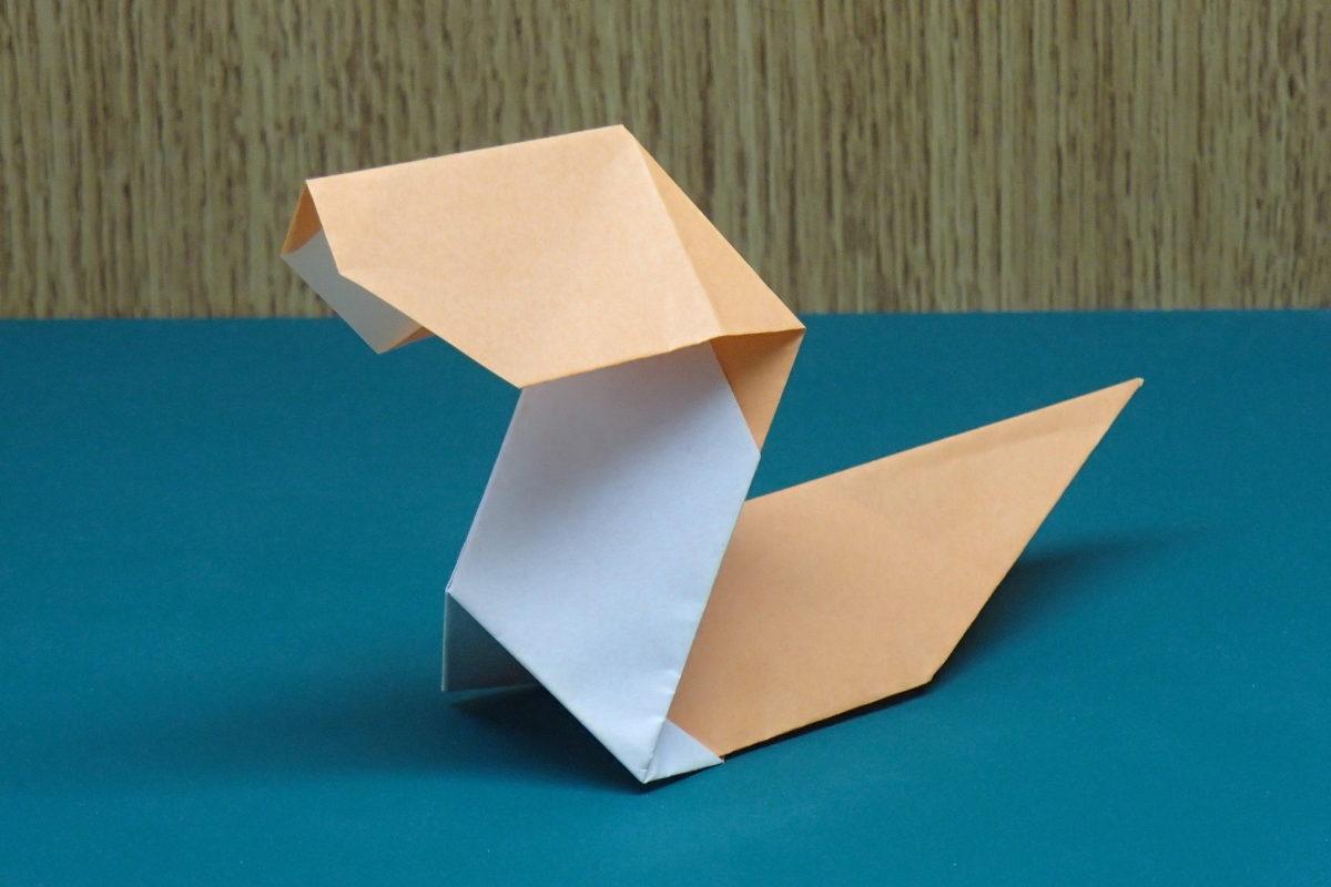 簡単な子供の蛇の折り紙のアイキャッチ